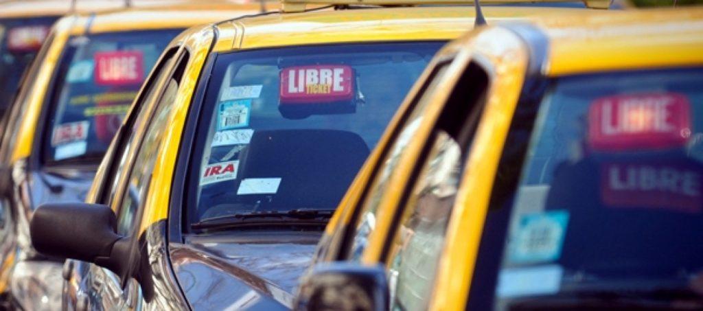 taxi1-1560x690_c