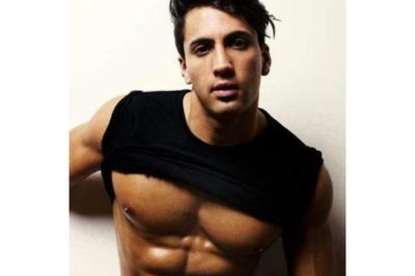 Damian Avila.