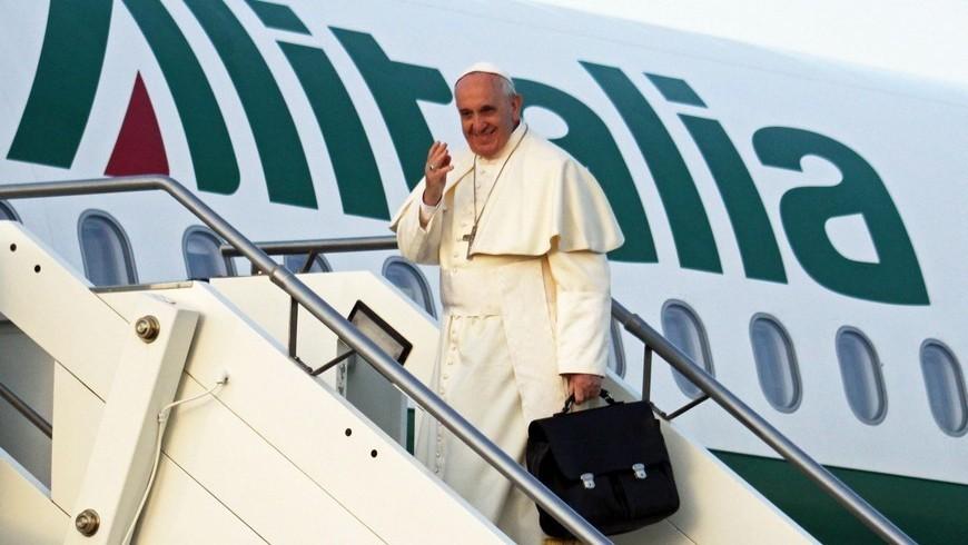 Francisco vuelve a viajar